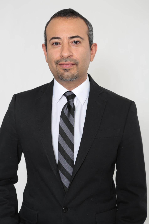 Dr. Gilberto De Leon